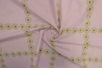 Daisy Chain - Candy Marlie-Care Lawn